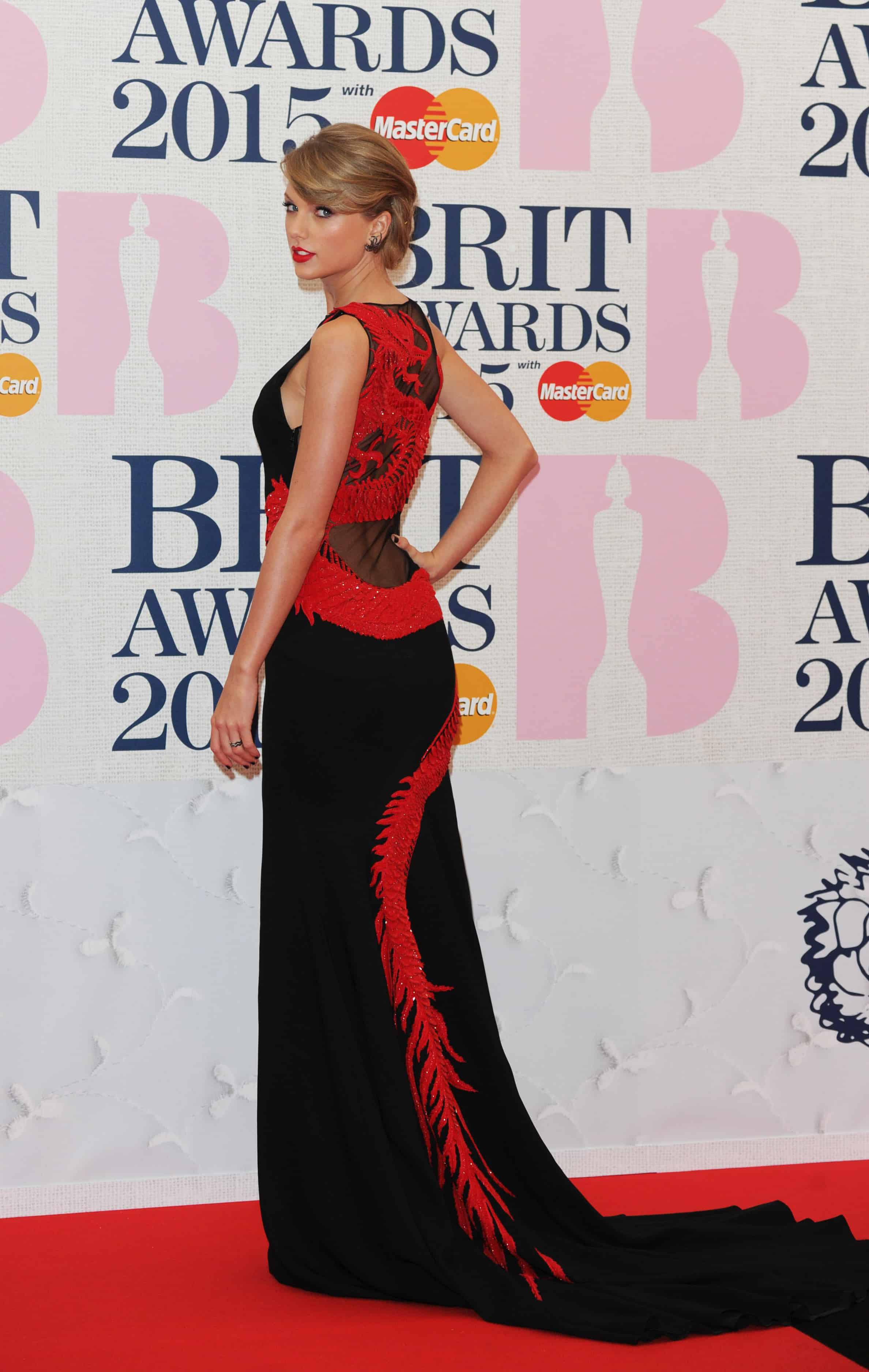 The BRIT Awards 2015 - Taylor Swift