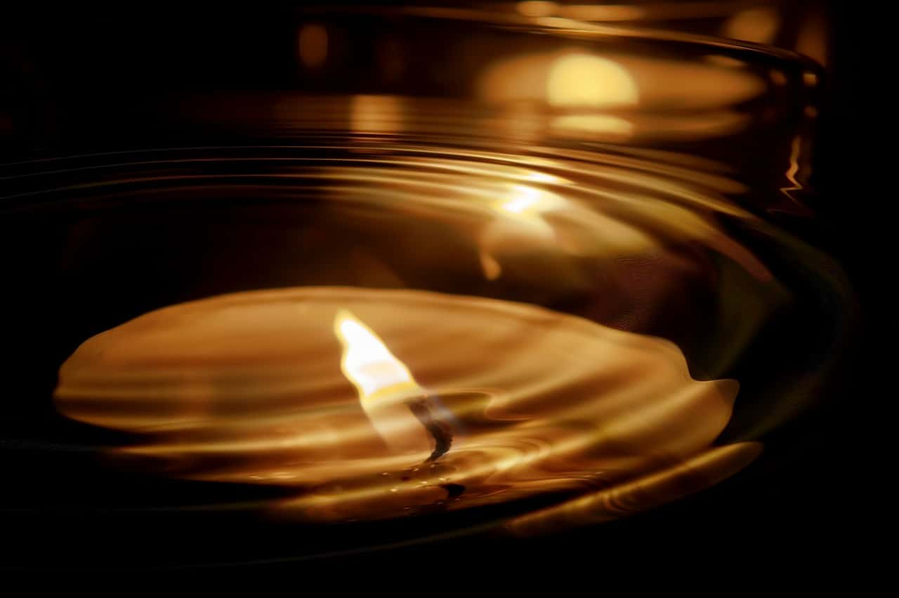 candle-553760_1280