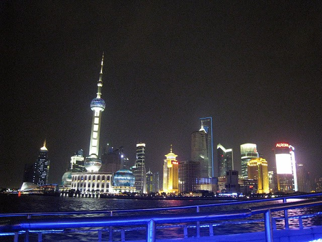 Boat ride on the Huangpu River - Shanghai